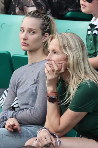 Estelle Lefébure et Ilona Smet semblent férus de tennis