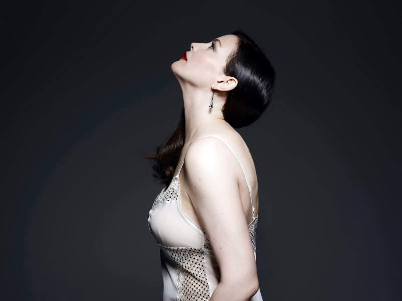 Liv Tyler chic et sexy pour Triumph