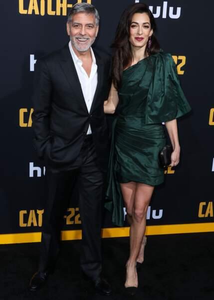 Amal Clooney a choisi une robe qui mettait en valeur ses jambes fuselées