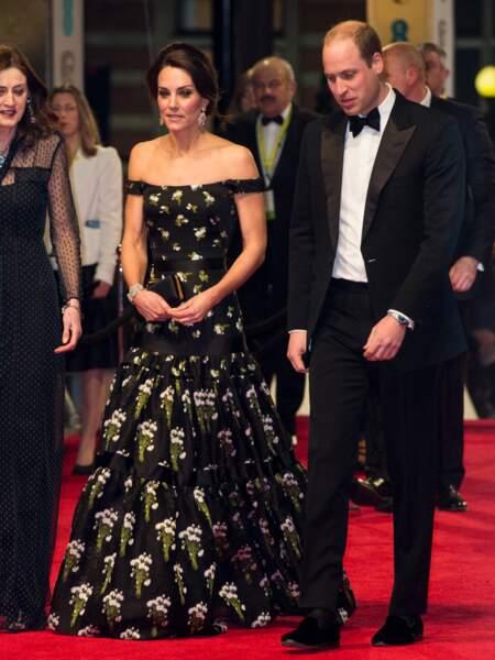 Kate recyclait une robe déjà portéeen  compagnie du prince William, à la cérémonie des BAFTA, en 2017
