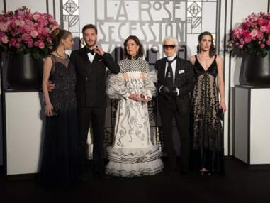Look - Charlotte Casiraghi en robe transparente, au Bal de la Rose