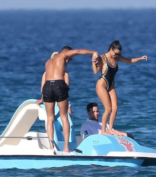 Kourtney Kardashian semble définitivement avoir tourné la page sur son histoire avec Scott Disick