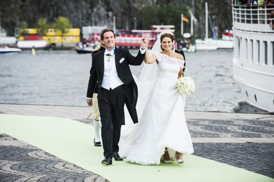 Madeleine de Suède (en robe Valentino) et Chris O'Neil se marient à Stockholm en 2013