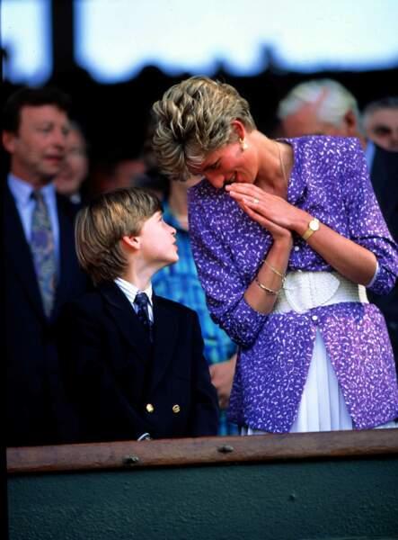 Meghan Markle porte à son poignet le jonc ayant appartenu à la princesse Diana