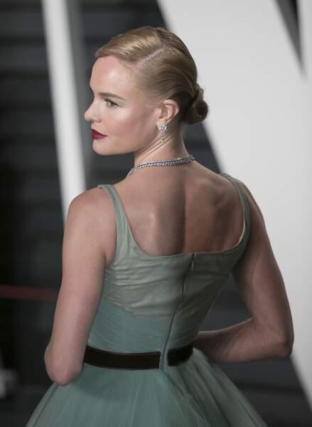 Kate Bosworth porte un chignon bas rétro