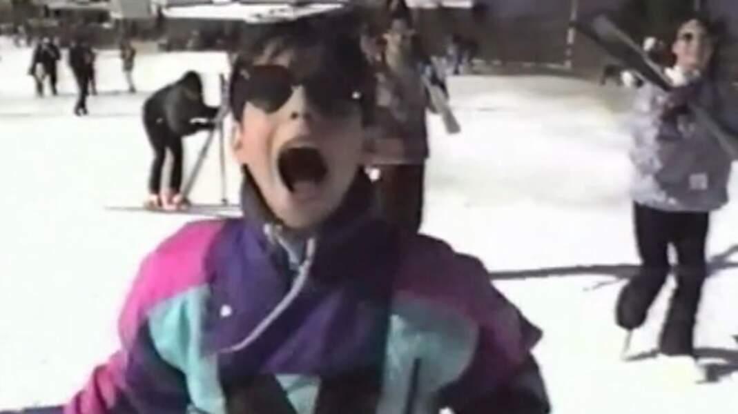Grégory Lemarchal enfant s'amuse au ski