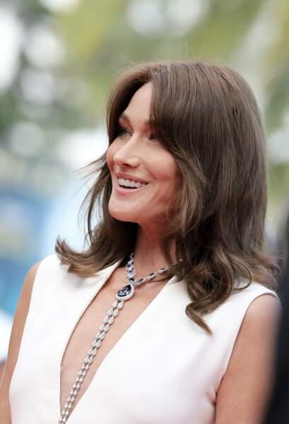 Notre ancienne première dame Carla Bruni-Sarkozy en robe Dior