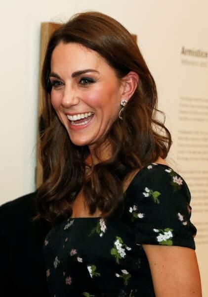 Kate Middleton avec des bijoux d'oreilles en morganite, sertis de diamants Kiki McDonough