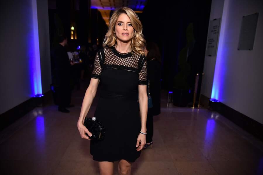 Alice Taglioni ravissante en robe courte noire