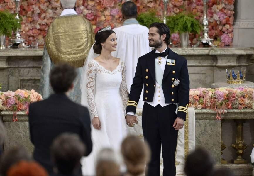 Carl Philip de Suède et sa fiancée Sofia Hellqvist se sont dit oui cet après-midi