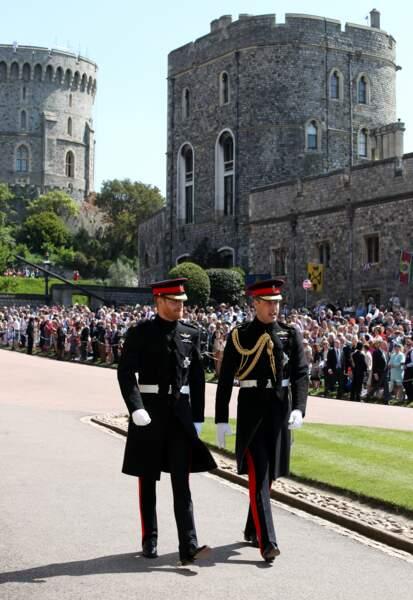 Les princes William et Harry très émus