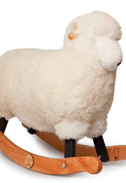 Mouton à bascule (66 x 57 x 29cm), fait main au pays de Galles à partir de laines et de bois produits localement