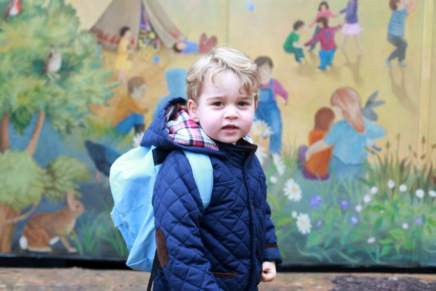 Le prince George lors de son premier jour de crèche à l'école Montessori School Westacre le 6 janvier 2016