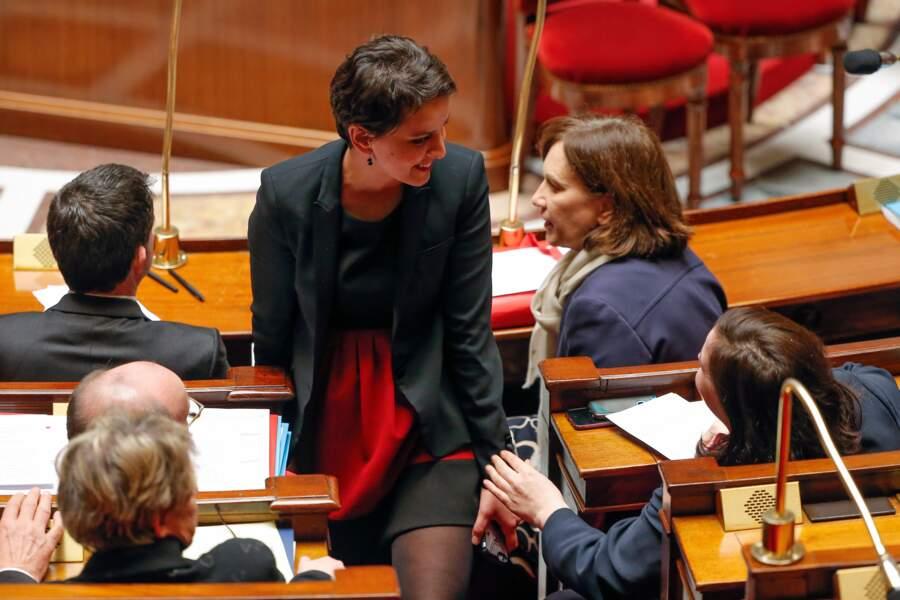 Emmanuelle Cosse rassure Najat Vallaud-Belkacem remet sa robe