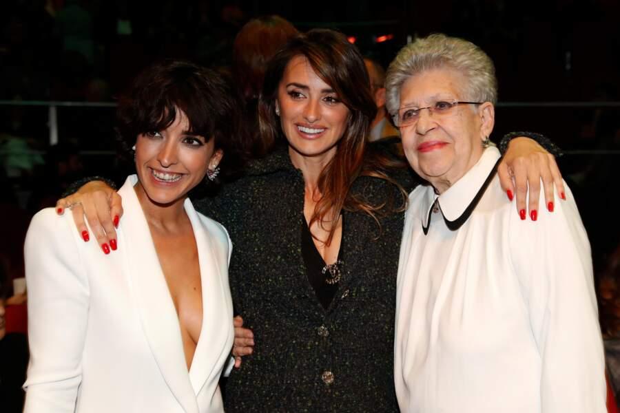 Dans son discours de remerciement, Penélope a remercié Pilar au même titre que sa mère Encarna Sanchez
