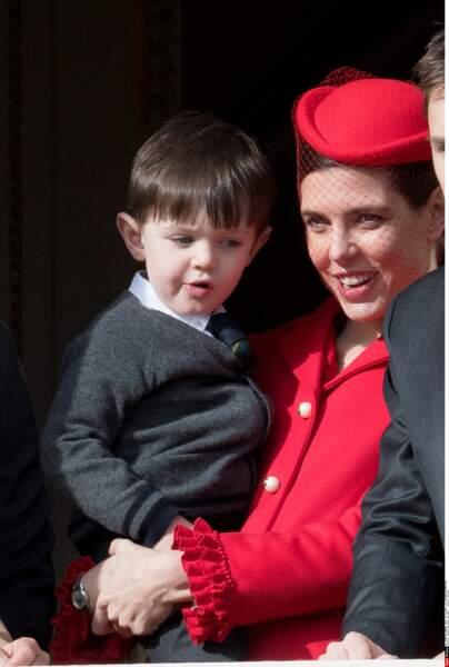 Première apparition officielle pour Raphaël, le fils de Charlotte et Gad Elmaleh, en vrai petit prince.