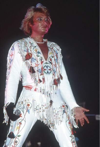 Johnny Hallyday en combinaison à franges en 1977