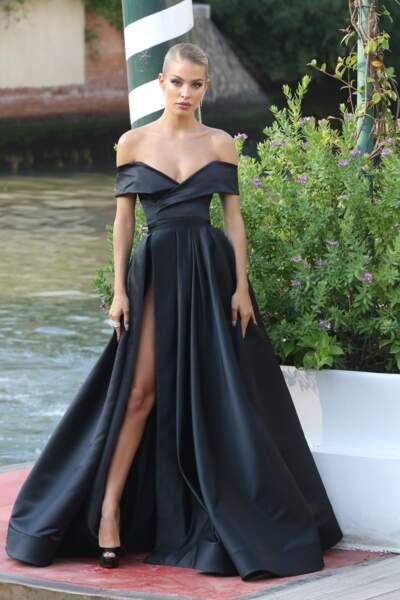 Jessica Goicoechea avait opté pour une tenue chic et sexy à la Mostra de Venise