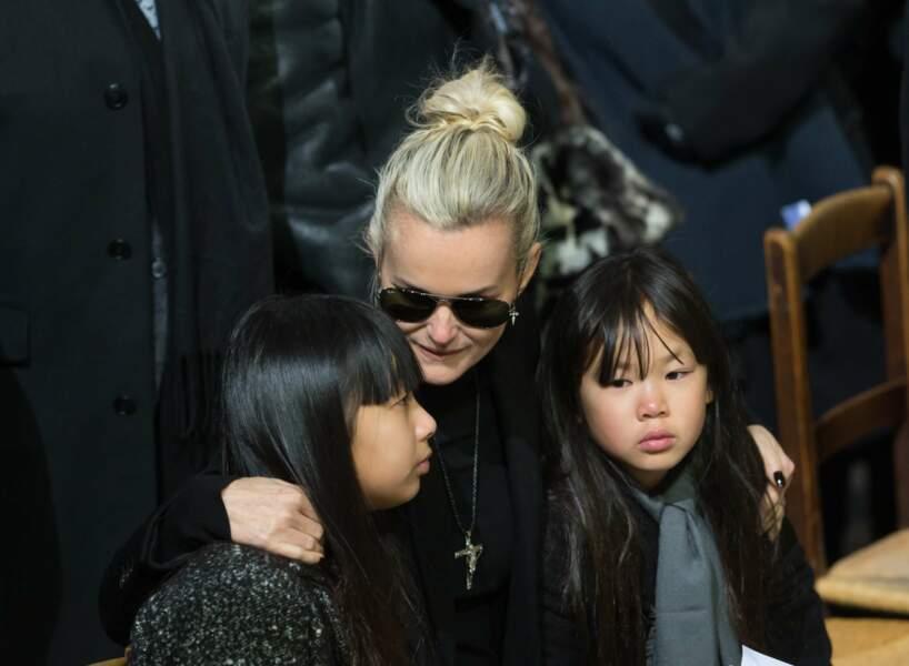 Laeticia unie à ses deux filles dans cette épreuve