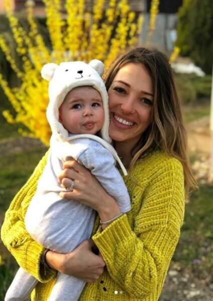 Camille Schneiderlin et Maé pour la fête des mère