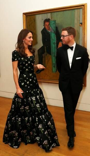 Aux oreilles de la duchesse de Cambridge, des pendants Kiki McDonough qu'elle a déjà portés