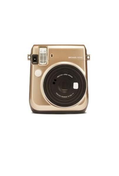 Appareil photo numérique, 130 € (Polaroid Fujifilm Instax x Michael Kors)