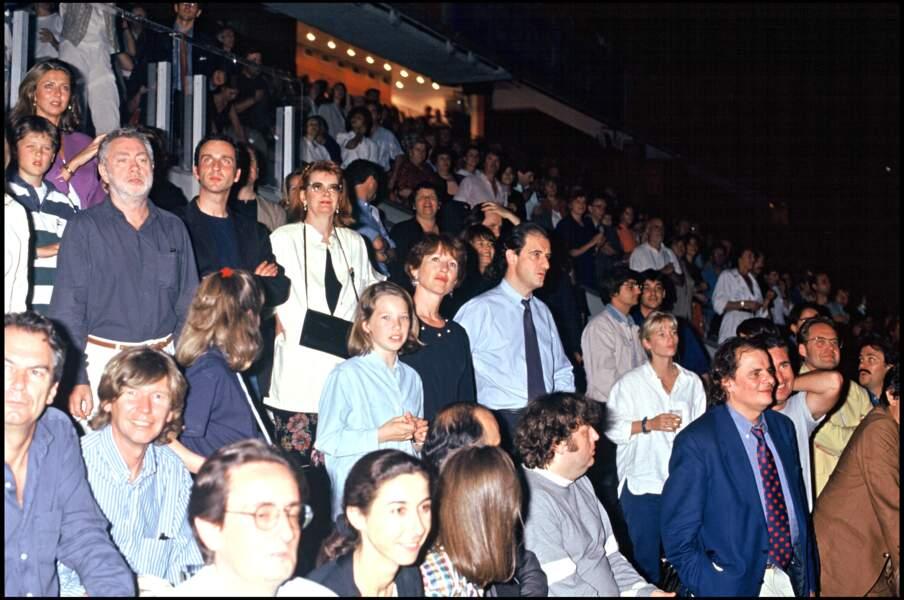 Nathalie Baye et Laura Smet, dans le public du concert de Johnny Hallyday au Parc Des Prince, en 1993