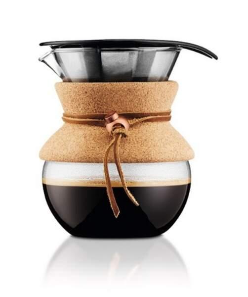 Cafetière filtre permanent finition liège et cuir, filtre en inox, 29,90 € (Bodum).