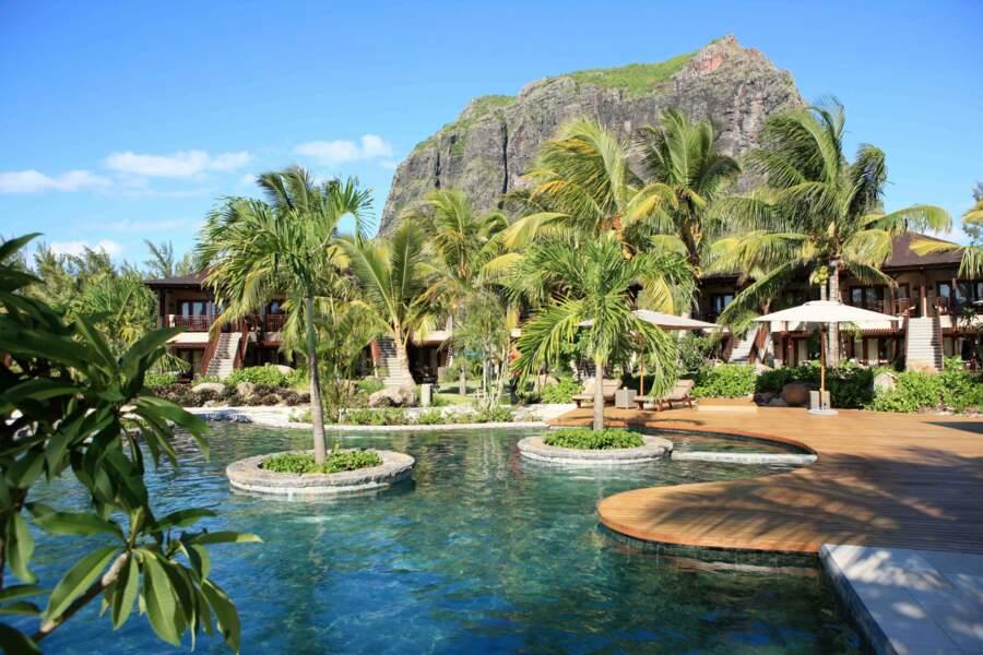 Au sein du resort LUX* Le Morne à l'île Maurice, pas moins de quatre piscines sont à votre disposition.