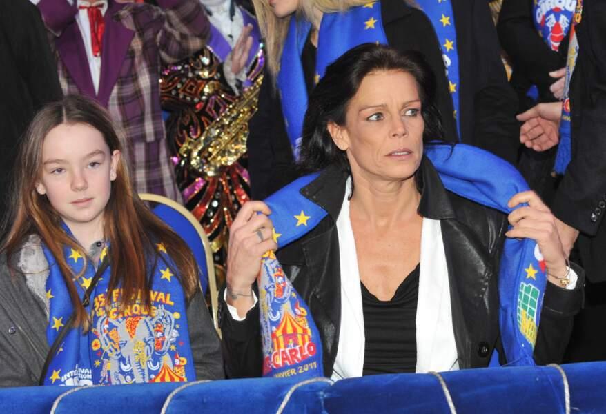 Alexandra de Hanovre aux côtés de Stéphanie de Monaco le 22 janvier 2011