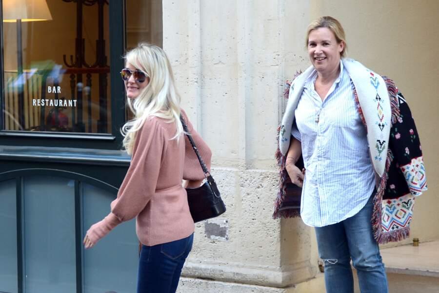 Laeticia Hallyday et Hélène Darroze déjeunent chez Joia à Paris le 8 octobre