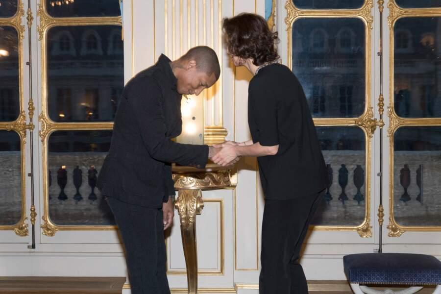 Pharrell Williams était à Paris pour recevoir sa médaille.