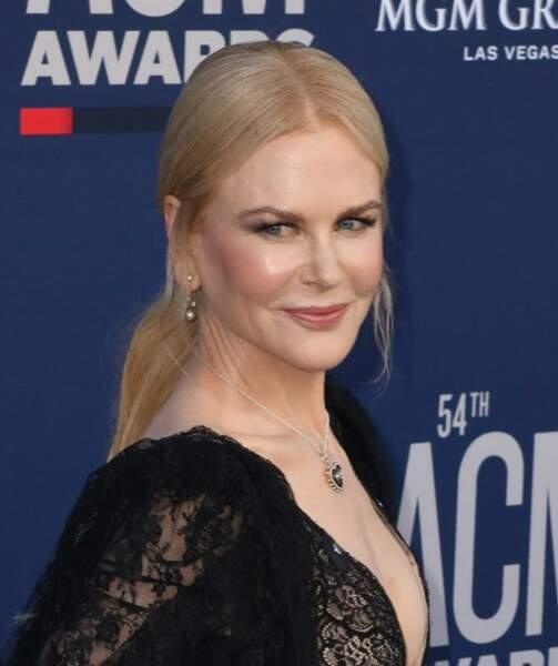 La queue-de-cheval basse de Nicole Kidman.