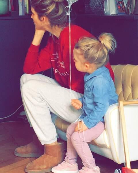 Pause tendresse pendant le week-end, pour Alice Taglioni et sa fille Swann Delahousse