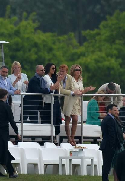 Le 6 mai 2017, Meghan Markle assiste à un match de polo à Ascot, où joue son compagnon le prince Harry