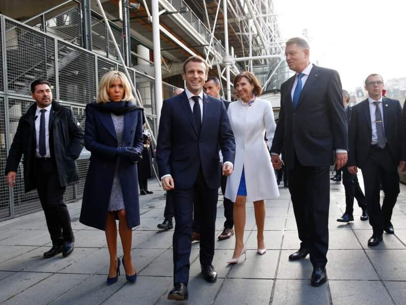 Emmanuel et Brigitte Macron au Centre Georges Pompidou avec Klaus et Carmen Iohannis