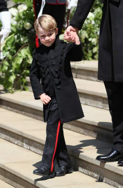 Le prince George ultra chic pour la première fois en pantalon au mariage de Meghan et Harry