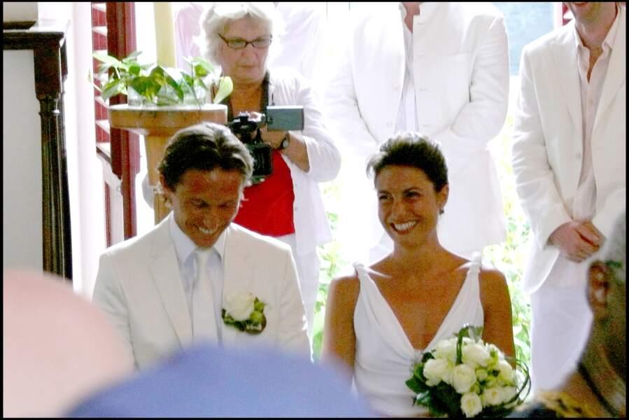 Alessandra Sublet et Thomas Volpi font leur entrée dans l'église anglicane de Saint-Barth en 2008