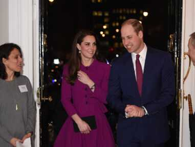 Look - Kate Middleton ose le tailleur mauve