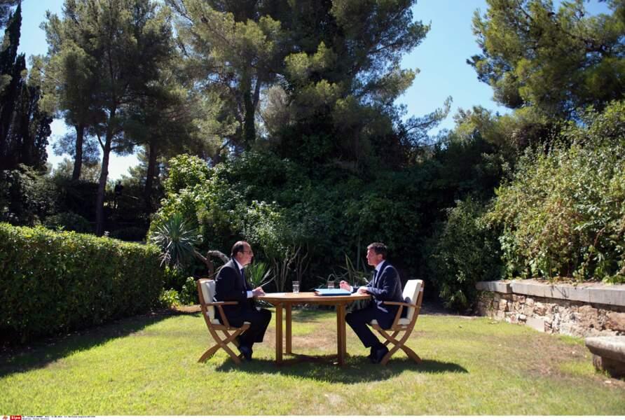 François Hollande et Manuel Valls dans le jardin du fort de Brégançon