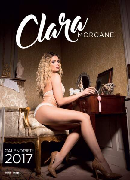 Clara Morgane, la couverture de son calendrier 2017