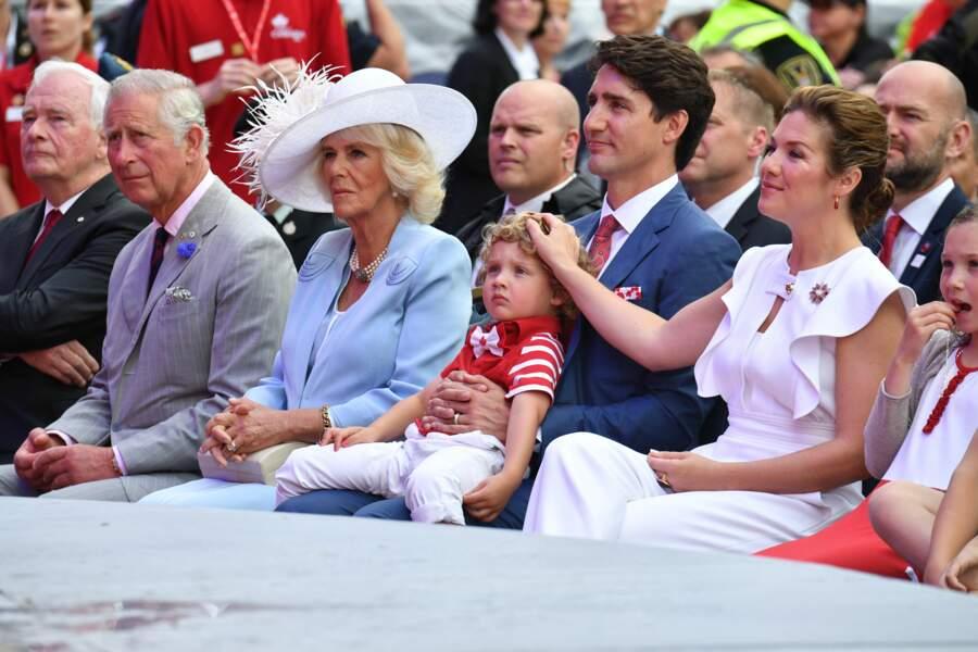 Hadrien, le fils de Justin Trudeau, très mignon avec ses boucles blondes et son nœud papillon