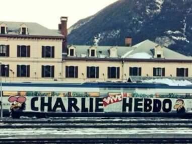 Les artistes de rue rendent hommage à Charlie Hebdo