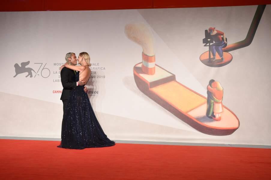 Chiara Ferragni et son mari Fedez, amoureux sur le tapis rouge de la Mostra de Venise.