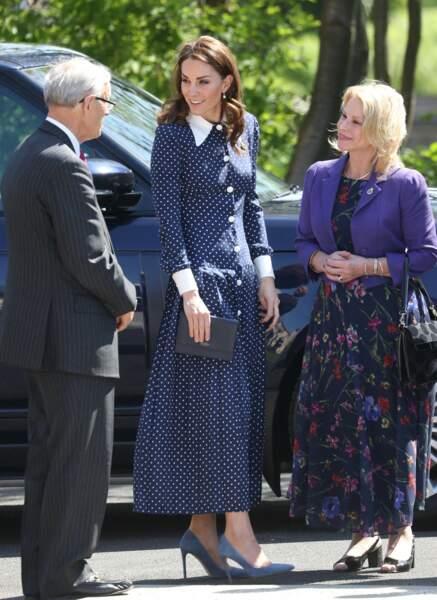 Kate Middleton dans une robe longue à pois à Bletchley Parkle 14 mai 2019