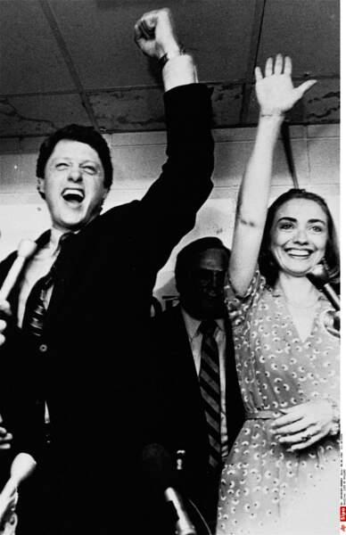 Ils célèbrent la victoire de Bill aux primaires démocrates d'Arkansas en 1982