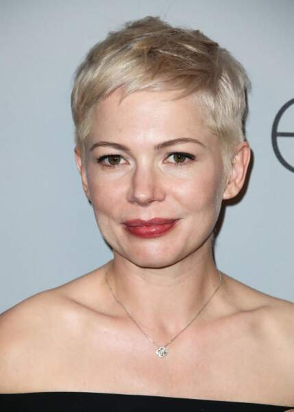 La coupe garçonne blonde de Michelle Williams.
