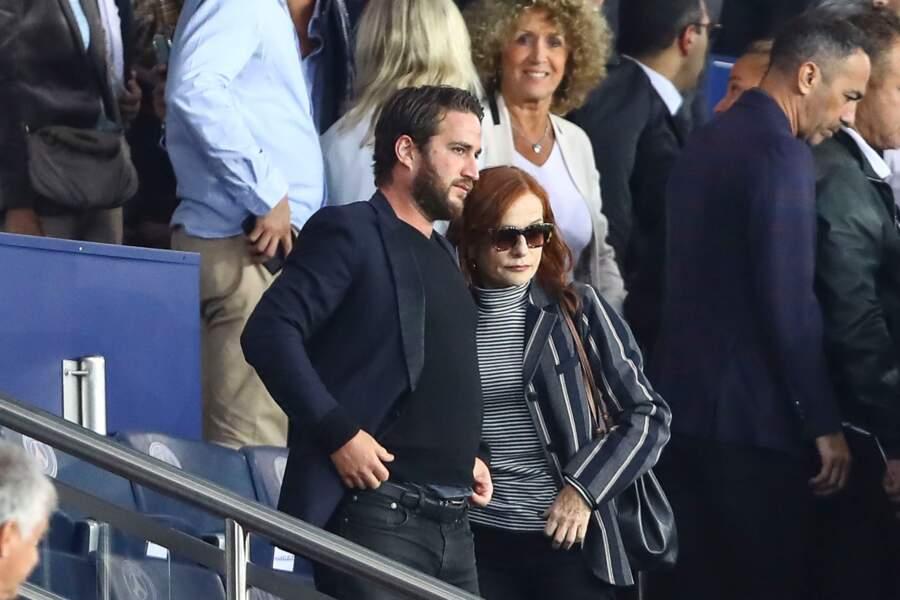 Isabelle Huppert est la mère de trois enfants : Lorenzo, Lolita et Angelo