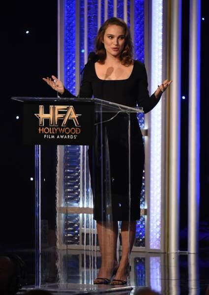Natalie Portman recevant le prix de la meilleure actrice aux  Hollywood Film Awards