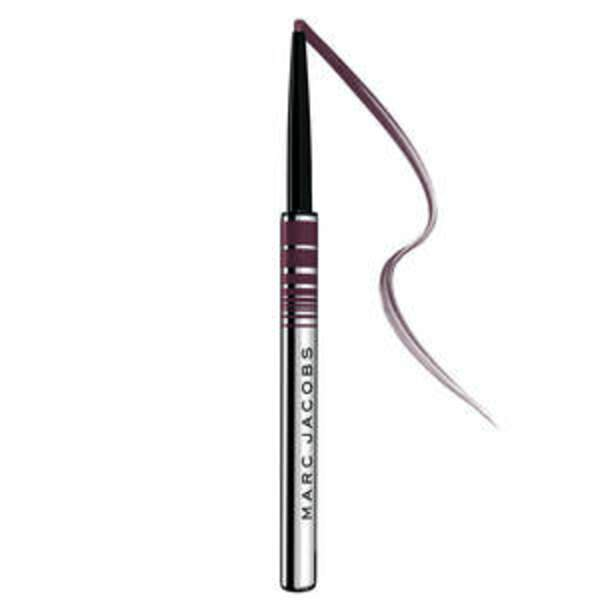 Marc Jacobs Beauty, Fineliner Crayon gel yeux ultra fin, 20,95 € Sephora